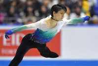 男子フリーで演技する羽生結弦=東京・国立代々木競技場で2017年4月21日、手塚耕一郎撮影