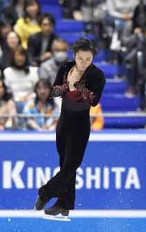 男子フリーで演技する宇野昌磨=東京・国立代々木競技場で2017年4月21日、手塚耕一郎撮影