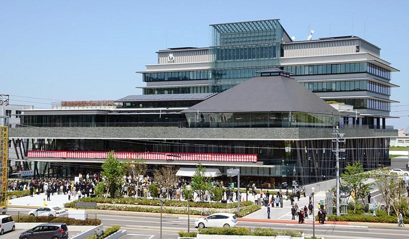 新庁舎、県材ふんだん 来月8日から業務 分散役所機能まとめ 免震構造、災害に強く /徳島アクセスランキング編集部のオススメ記事