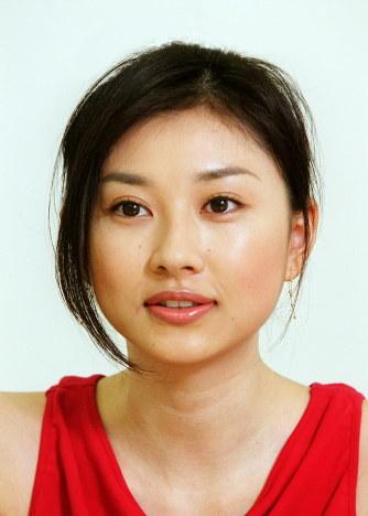 結婚:菊川怜さん - 毎日新聞