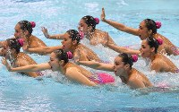 Mexico's synchronized swimming team, which finished in second place in the technical routine competition, performs at the Japan Open Synchronized Swimming Championships at Tokyo Tatsumi International Swimming Center, on April 28, 2017. (Mainichi)