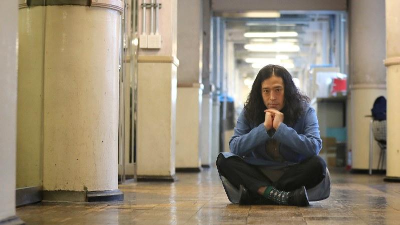 又吉直樹さん=東京都新宿区で2017年4月9日、長谷川直亮撮影