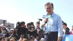 文在寅氏。苦学の末に韓国新大統領に=大貫智子撮影