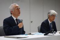 新たな再建計画を発表する東京電力ホールディングスの広瀬直己社長=東京都千代田区の東電HD本社で11日