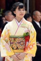 The actress Kaho Tsuchimura, who was selected as a representative for the festival, is seen here on the grounds of Shimogamo Shrine in Kyoto's Sakyo Ward, on May 15, 2017. (Mainichi)