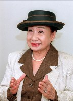 京唄子さん 89歳=女優(4月6日死去)
