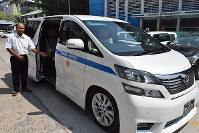 第一交通産業の現地法人が使っているハイヤー車両。運転手を現地採用して教育している=ミャンマー・ヤンゴンで、吉川雄策撮影