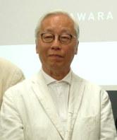 「江之浦測候所」について説明する現代美術家の杉本博司さん=永田晶子撮影