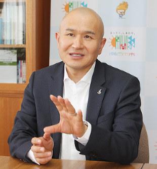 武久顕也・瀬戸内市長:新トップ...