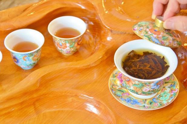 中国でお茶は「霊薬」として昔から大切にされている