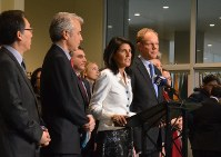 U.S. Ambassador to the U.N. Nikki Haley, center, expresses opposition to the treaty outlawing nuclear weapons, at the U.N. headquarters in New York on March 27, 2017. (Mainichi)