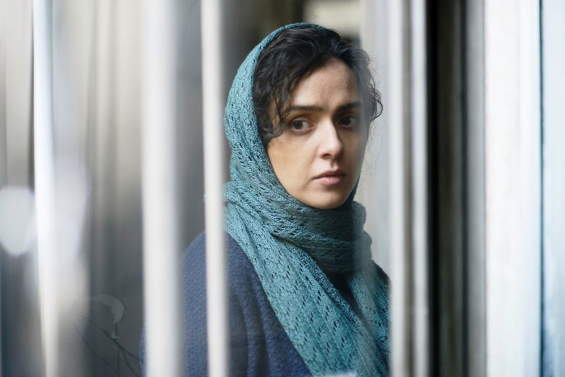 主演のタラネ・アリドゥスティ(C)MEMENTOFILMS PRODUCTION–ASGHAR FARHADI PRODUCTION–ARTE FRANCE CINEMA 2016