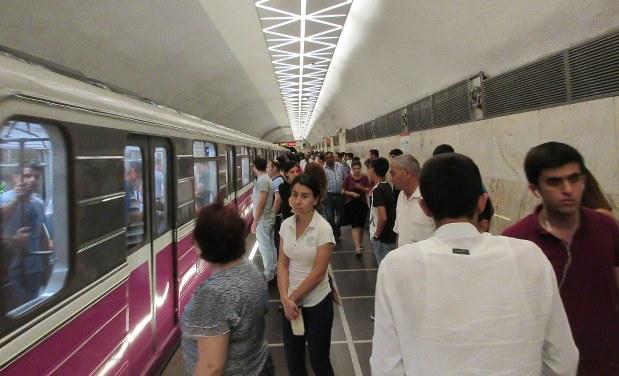 バクーの地下鉄の駅