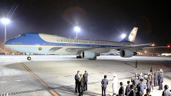 米大統領専用機「エアフォースワン」=2016年5月25日、兵藤公治撮影