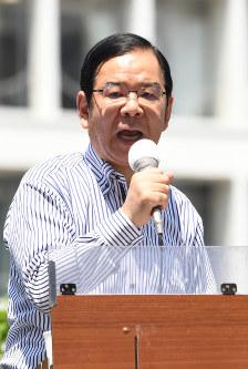 共産党の志位和夫委員長=東京都新宿区で2017年6月23日午前10時29分、竹内紀臣撮影