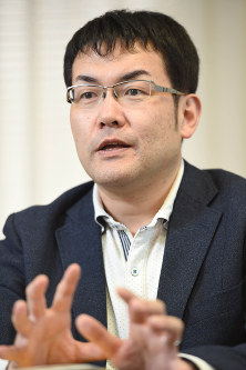 Ryoichi Wago (Mainichi)