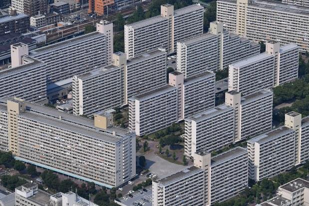 17都議選:告示 どう描く、町の未来図 暮らし優先して 高島平団地 ...