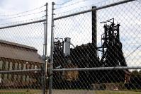 米国ラストベルト(さびついた工業地帯)の操業を停止した製鉄所跡=米東部ペンシルベニア州ピッツバーグ郊外で2016年10月、朴鐘珠撮影