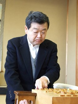 大内延介さん 75歳=将棋棋士九段(6月23日死去)