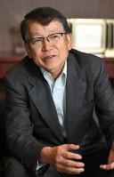 毎日新聞のインタビューに答えるJXTGホールディングスの内田幸雄社長=東京都千代田区で2017年6月19日、中村藍撮影