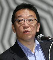 毎日21世紀フォーラムで講演する笹川平和財団特任研究員の渡部恒雄氏=大阪市中央区で2017年7月6日、菅知美撮影