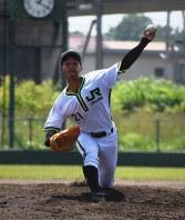 主戦投手としてドームで活躍が期待される和田投手=恵庭市のJR北海道球場で