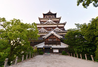 (19)原爆で焼失した広島城の天守閣は1958年に再建された=広島市中区で2017年6月8日、山田尚弘撮影