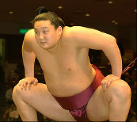 Hakuho is seen in this Jan. 13, 2004 photo after being promoted to the juryo division at the age of 18. (Mainichi)