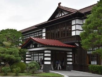 萩・明倫学舎(山口県萩市) 幕末史と伝統をいまに /福岡