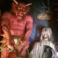 おどろおどろしい地獄堂巡りで人気の大阪市平野区「全興寺」=SNAPLACE提供