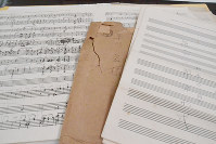 The sheet music left behind by drafted student Hiroshi Kusakawa is seen in Tokyo's Taito Ward on May 1, 2017. (Mainichi)