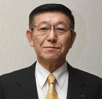 秋田大雨:「判断甘かった」知事、ゴルフで会議間に合わず ...
