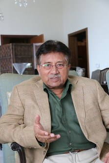 Former Pakistani President Pervez Musharraf sits with the Mainichi Shimbun for an exclusive interview in Dubai, on July 21, 2017. (Mainichi)
