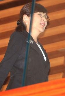 閣議に臨む稲田朋美防衛相=首相官邸で2017年7月28日午前9時55分、宮武祐希撮影