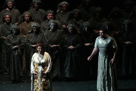 イタリア・ベッリーニ大劇場来日公演の「ノルマ」=大津・びわ湖ホールで2003年6月21日