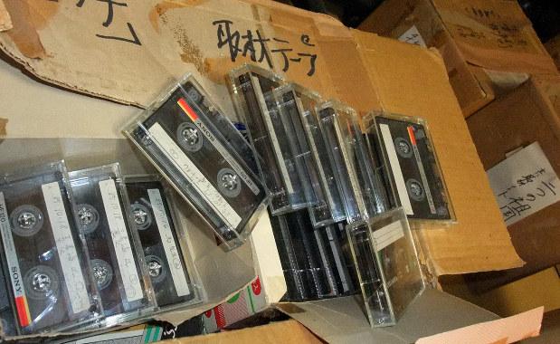 山崎豊子さんの自宅に残る膨大な取材テープ=堺市で2014年8月25日、鶴谷真撮影