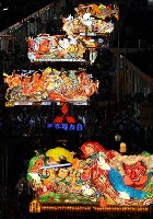 Giant floats parade down the main street of Aomori during this year's Nebuta Festival on Aug. 2, 2017. (Mainichi)