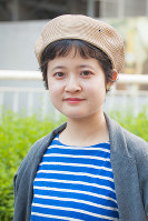 秋冬から引き続き人気のベレー帽=日本ファッション協会提供