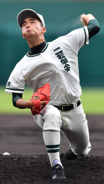夏の高校野球:強打の二松学舎大...