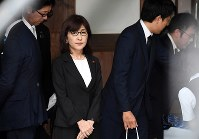 Former Defense Minister Tomomi Inada is seen after paying her respects at Yasukuni Shrine in Tokyo's Chiyoda Ward on Aug. 15, 2017. (Mainichi)