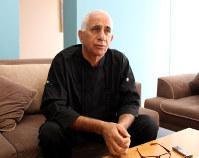 名門パレスチナ一族ラジューブ家に生まれたアベド・ラジューブ氏は23年間、イスラエル対内諜報機関シンベトのスパイだった=イスラエル南部アシュケロンで
