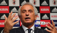 Vahid Halilhodzic, manager of Japan's national soccer team, holds a news conference on Aug. 24, 2017, in Tokyo's Bunkyo Ward to announce the 27-member squad for Japan's World Cup qualifiers against Australia and Saudi Arabia. (Mainichi)