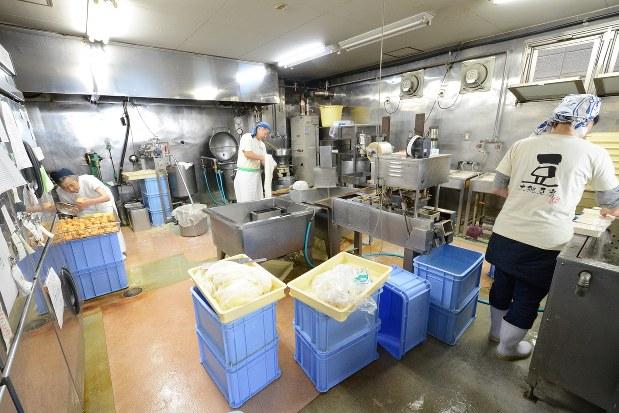 大桃豆腐の作業場