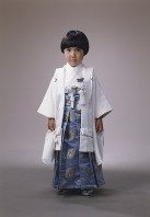 Kei Komuro is dressed in a Japanese traditional kimono during shichigosan, a festival for children of 3, 5 and 7 years of age, in the autumn of 1996 when he was 5. (Photo courtesy of Kei Komuro)