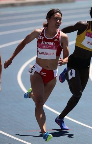 女子陸上競技部の中村選手 ユニバーシアード女子400メートルリレーで銅