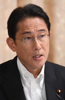 LDP Policy Research Council Chairman Fumio Kishida is seen during an interview in Tokyo's Chiyoda Ward, on Sept. 5, 2017. (Mainichi)
