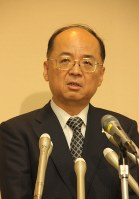 新たに就任した甲斐行夫・東京地検検事正=千代田区の同地検で