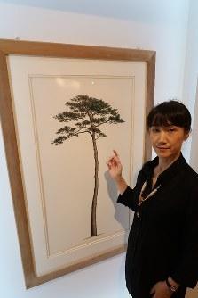 「『自然との共生』という一本松のメッセージを伝えたい」と話す山中麻須美さん=東京・上野の国立科学博物館で11日、永山悦子撮影
