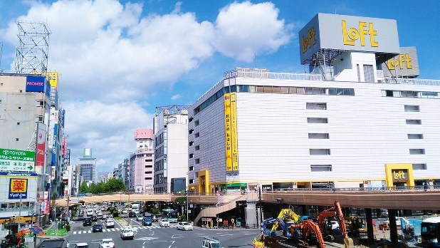 東北一の大都市・仙台駅前の再開...
