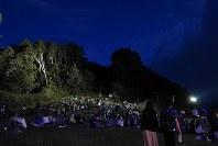 長野県阿智村で開かれた「天空の楽園 日本一の星空ナイトツアー」=2017年7月14日